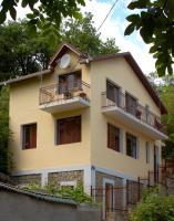 Sobaka Hostel, Hostels - Yalta