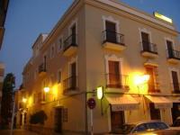 Santa Cruz, Affittacamere - Los Palacios y Villafranca
