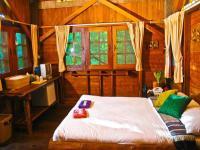 mom chailai kanchanaburi forest retreat hotel