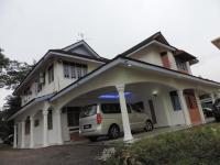Golden Leaf Executive Residence