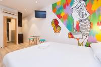 AinB Las Ramblas-Colon Apartments