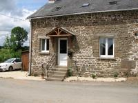 La Cachette, Dovolenkové domy - Ernée