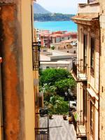 Casa Barranco, Prázdninové domy - Cefalù