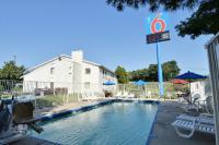 Motel 6 Nashua