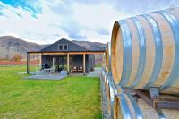 Pagan Vines Vineyard Accommodation - Central Otago, South Island, New Zealand