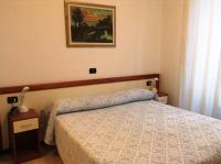 Hotel Ricci (Bed and Breakfast)