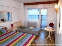 Bloc Colonadelor, Hostels - Bukarest