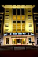 Grand White City Hotel, Hotels - Berat