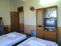 Thuy Nga Hotel, Отели - Донг-Хои