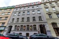 Charles Square Duplex Apartment, Ferienwohnungen - Prag