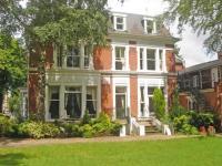 Cavalier House Hotel