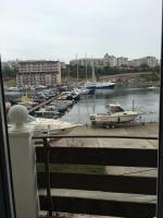 Эллинг Стрелецкий, Апартаменты - Севастополь
