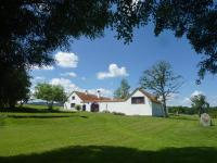 Brusna Farmhouse, Country houses - Lhenice