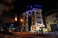 Srivar Hotels, Отели - Guruvāyūr