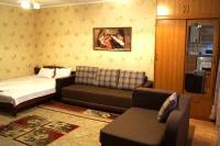 Apartment Baytursynov 9, Ferienwohnungen - Shymkent
