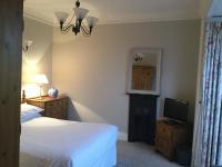 Llwyn Hall (Bed & Breakfast)