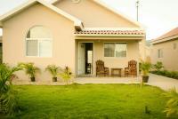 caymanas estate AJ Guest house, Holiday homes - Caymanas