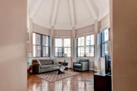 Bluebird Suites at Garrison Square, Apartments - Boston