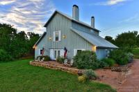 Lazy T Bed and Breakfast, Bed & Breakfast - Fredericksburg