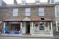 Tintagel Arms Hotel (B&B)
