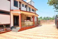 3 Bedroom Bungalow with a Lawn near Mahabaleshwar, Villák - Mahabaleshwar