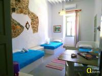 Apano Vrysi, Apartmány - Tinos Town