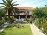 Villa Tonia Apartments - Sárti, , Greece