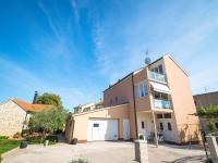 Apartments Sunny Garden, Apartments - Brodarica