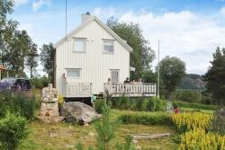 Holiday Home Myklebostad