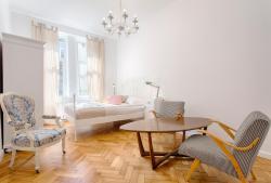 Rustic Apartment by Tyzenhauz Kraków