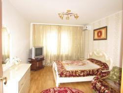 Apartment on Kostyantyna Dan'kevycha Street 8