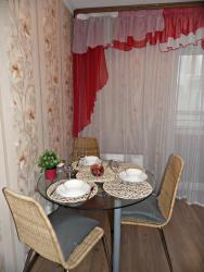 Apartment on Shchorsa 103