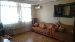 Apartment on Akhmeteli 5