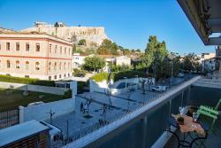 Luxus apartment facing Acropolis