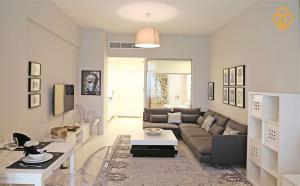 Keys Please Holiday Homes - Palm Views - Dubai