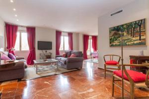 Apartamento Plaza Nueva, Apartmány  Seville - big - 3