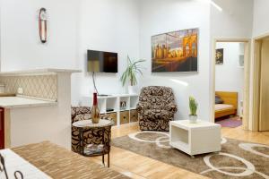 Awesome loc'n -Opera lux on budget, Апартаменты  Будапешт - big - 10
