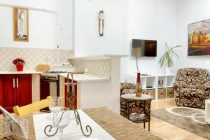 Awesome loc'n -Opera lux on budget, Апартаменты  Будапешт - big - 11
