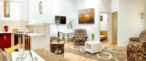 Awesome loc'n -Opera lux on budget, Апартаменты  Будапешт - big - 1