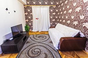 Apartment on Nezavisimosti 29 - фото 2