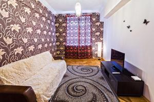 Apartment on Nezavisimosti 29 - фото 3