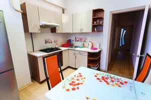 Apartment on Nezavisimosti 29 - фото 10