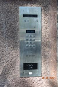 Yellow Peaked Shoe Apartment, Апартаменты  Краков - big - 10
