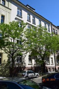 Yellow Peaked Shoe Apartment, Апартаменты  Краков - big - 28