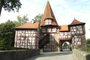 Die Gönothek - Ferienwohnungen, Апартаменты  Ипхофен - big - 94