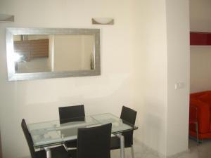 Triana Precioso Patio, Апартаменты  Севилья - big - 6