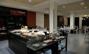 Hotel Oriente, Hotels  Saragossa - big - 18