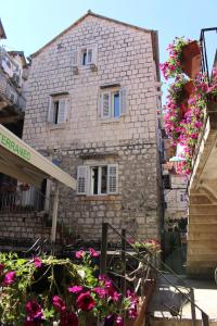 Pinna Apartments Hvar
