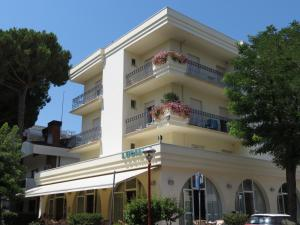 Hotel Luciana, Szállodák  Misano Adriatico - big - 1