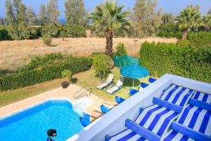 Follow the Sun Villa 4 - Argaka, Villas  Argaka - big - 12
